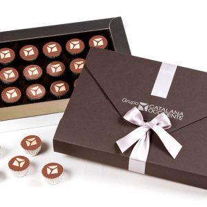 Estuche luxe con 15 bombones personalizados